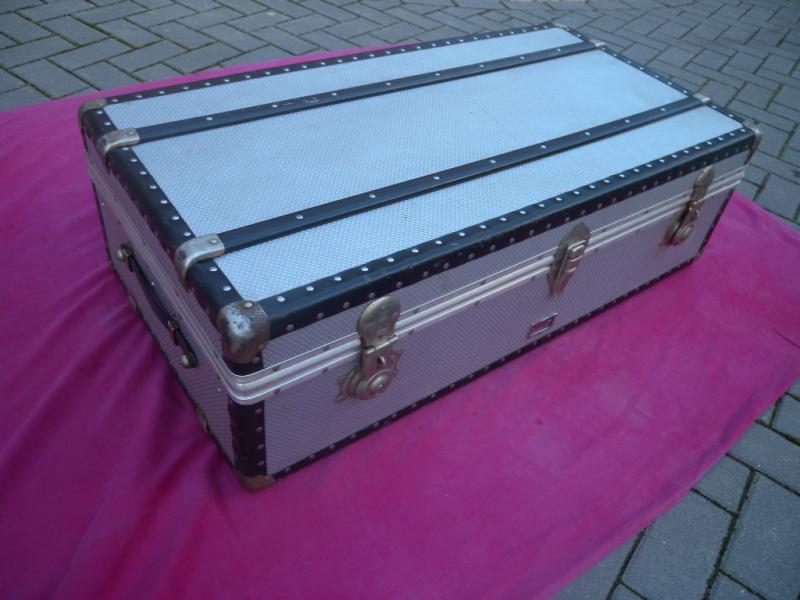 antiker rimowa alu koffer berseekoffer reisetruhe. Black Bedroom Furniture Sets. Home Design Ideas