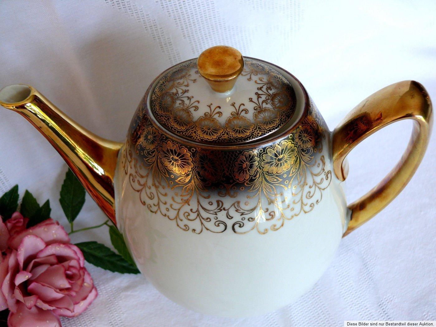 bavaria elfenbein porzellan kaffeekanne goldverziert 50 60iger jahren ebay. Black Bedroom Furniture Sets. Home Design Ideas