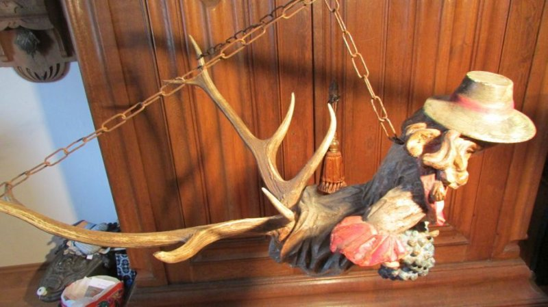 Antique 19th Cent Black Forest L Sterweibchen Carved