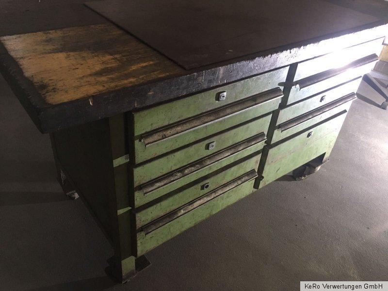werkbank auf rollen werktisch schubladenschrank rollbar incl mwst ebay. Black Bedroom Furniture Sets. Home Design Ideas
