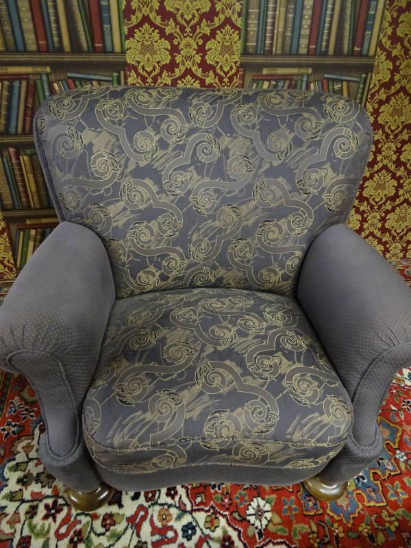 couchgarnitur barock chippendale landhaus v 2 jahren neu. Black Bedroom Furniture Sets. Home Design Ideas