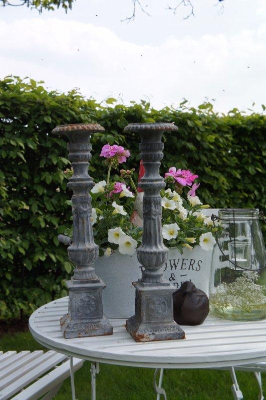 Kerzenst nder rostpatina gusseisen kerzenhalter for Gartendeko gusseisen rostig