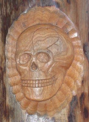 Totenkopf relief wandbild aus holz geschnitzt handarbeit - Totenkopf wandbild ...