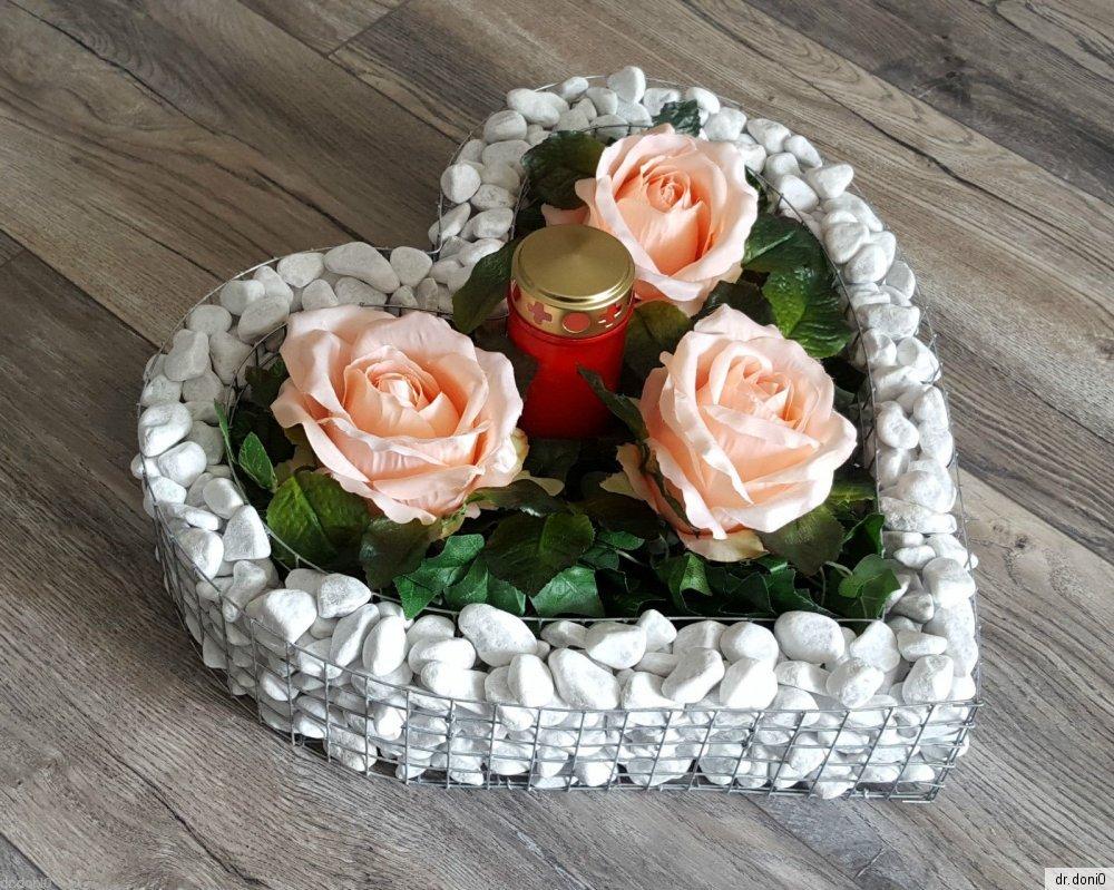 herz mit kies rosen friedhof blumen grabschmuck grabschale liebe kerze neu ebay. Black Bedroom Furniture Sets. Home Design Ideas