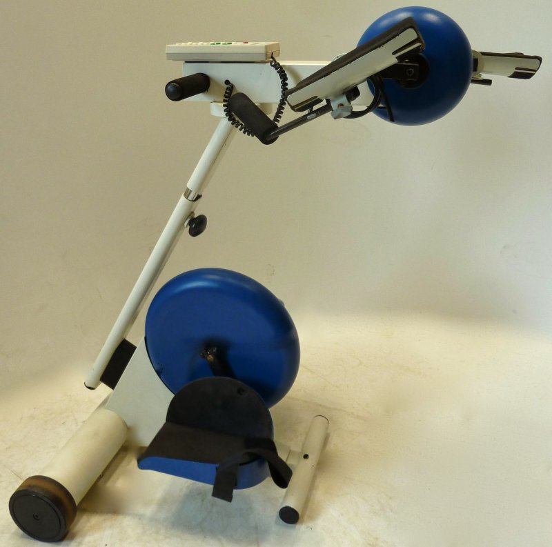 reck bewegungstrainer motomed viva arm bein trainer. Black Bedroom Furniture Sets. Home Design Ideas