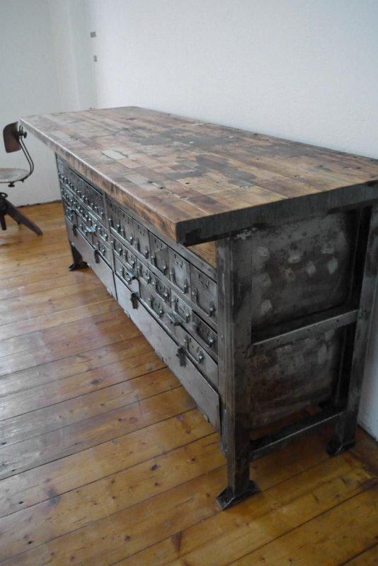 werkbank industriedesign schubladenschrank holz metall alt antik loft anrichte ebay. Black Bedroom Furniture Sets. Home Design Ideas