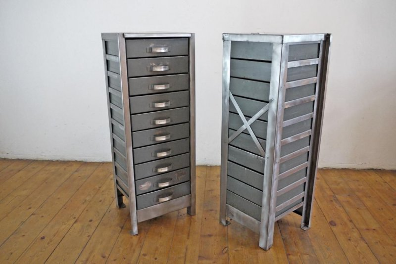 1 von 2 schubladenschrank vintage metall schrank loft antik werkstattschrank alt ebay. Black Bedroom Furniture Sets. Home Design Ideas