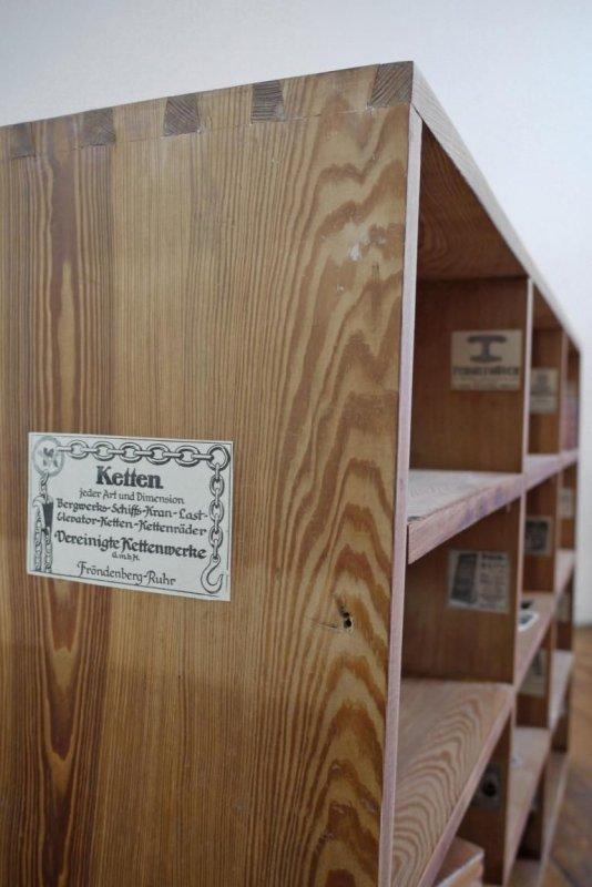 regal holz antik schrank kontor vintage fabrik loft holz. Black Bedroom Furniture Sets. Home Design Ideas