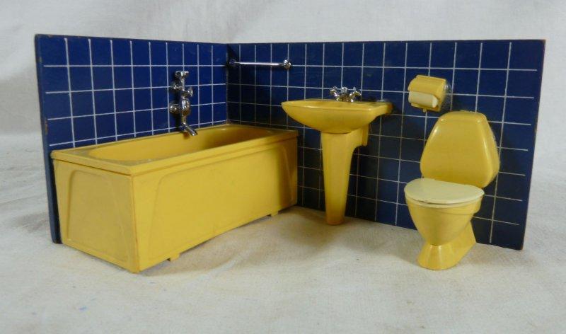 70er jahre badezimmer f r die puppenstube ebay for Badezimmer 70 jahre