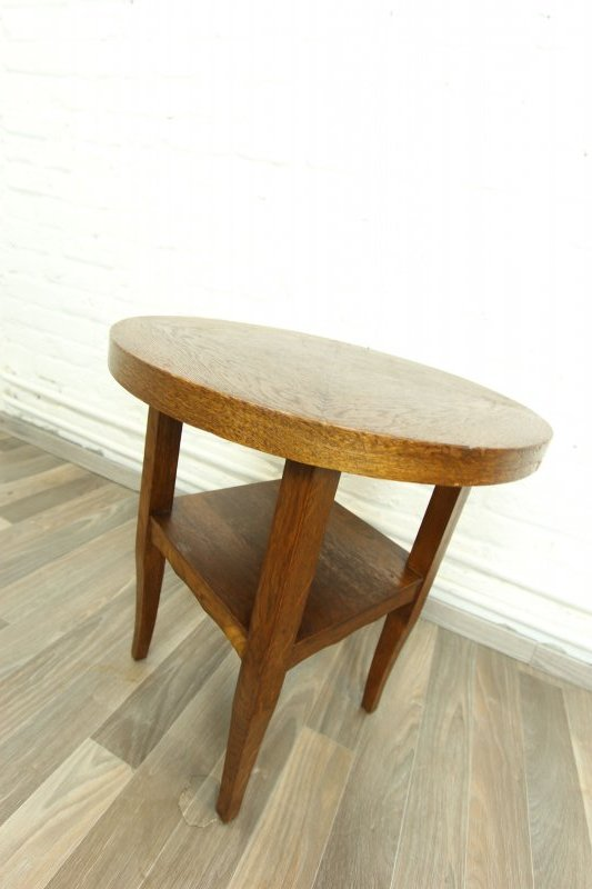 sch ner kleiner runder tisch couchtisch beistelltisch. Black Bedroom Furniture Sets. Home Design Ideas