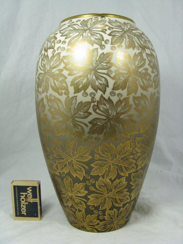 Vohenstrauss Johann Seltmann Bavaria Germany Vase Vase Mit
