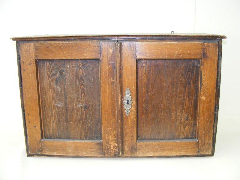sch ner alter wandschrank jugendstil schrank. Black Bedroom Furniture Sets. Home Design Ideas