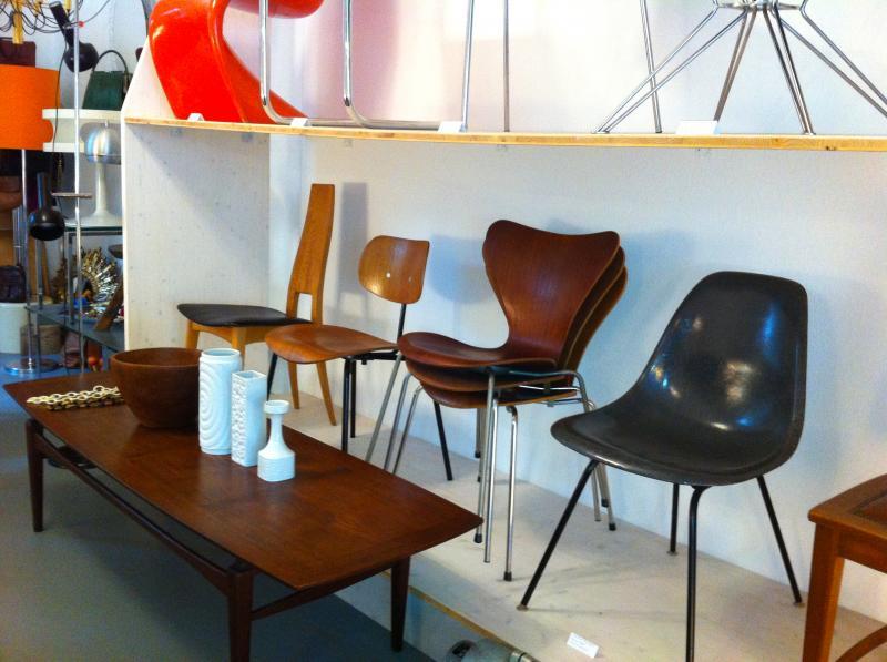wundersch nes 50er jahre m bel schr nkchen mid century design eames era berlin ebay. Black Bedroom Furniture Sets. Home Design Ideas