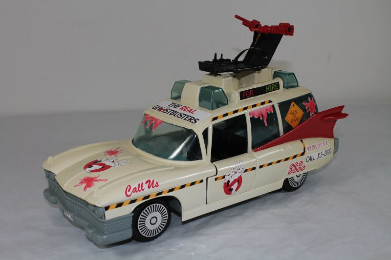 ecto 1a einsatzfahrzeug 1986 ghostbusters fast komplett. Black Bedroom Furniture Sets. Home Design Ideas