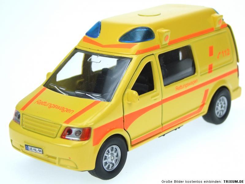 modellauto krankenwagen 15cm einsatzfahrzeug rettungswagen. Black Bedroom Furniture Sets. Home Design Ideas
