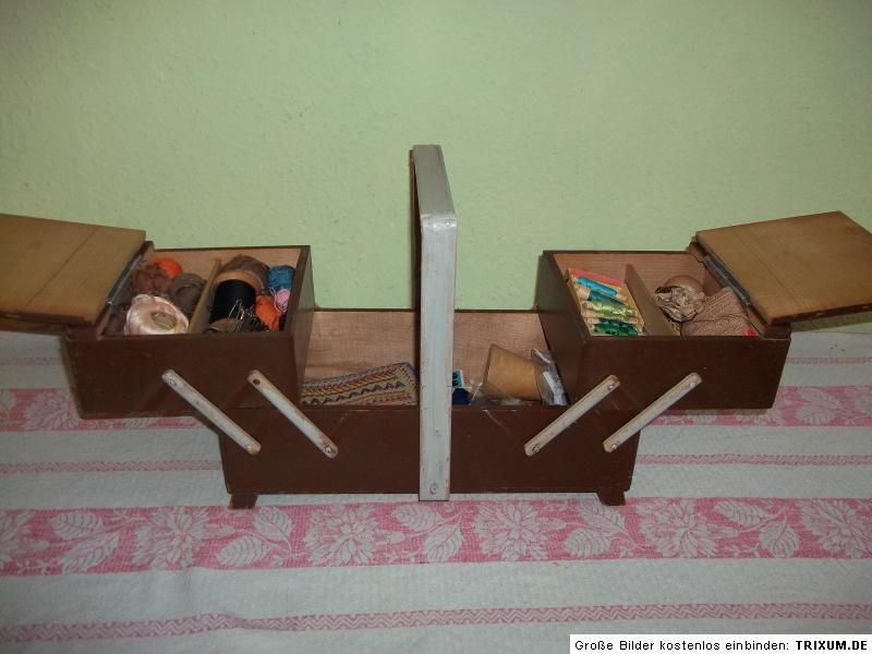 alter holz n hkasten n hk stchen mit viel zubeh r n hzeug kn pfe. Black Bedroom Furniture Sets. Home Design Ideas