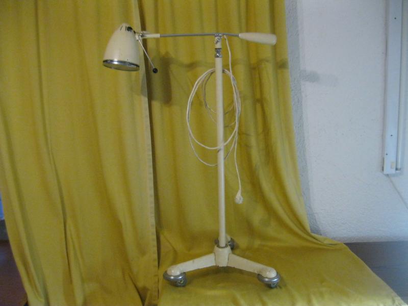 alte op lampe 50er 60er untersuchungslampe stehlampe auf. Black Bedroom Furniture Sets. Home Design Ideas
