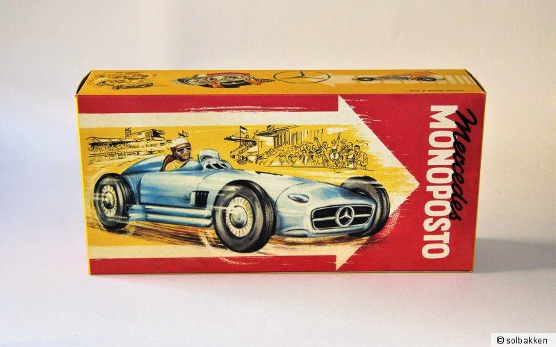 80 Reprobox für den JNF Mercedes Monoposto Nr