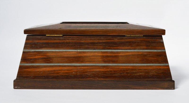 art d co schatulle k stchen holz intarsien metallstreifen mit schl ssel 1920 30 ebay. Black Bedroom Furniture Sets. Home Design Ideas