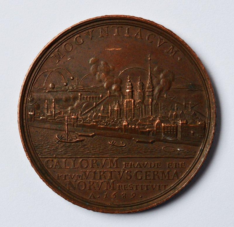 seltene medaille bronze mainz mogontiacum 1689 sieg ber. Black Bedroom Furniture Sets. Home Design Ideas