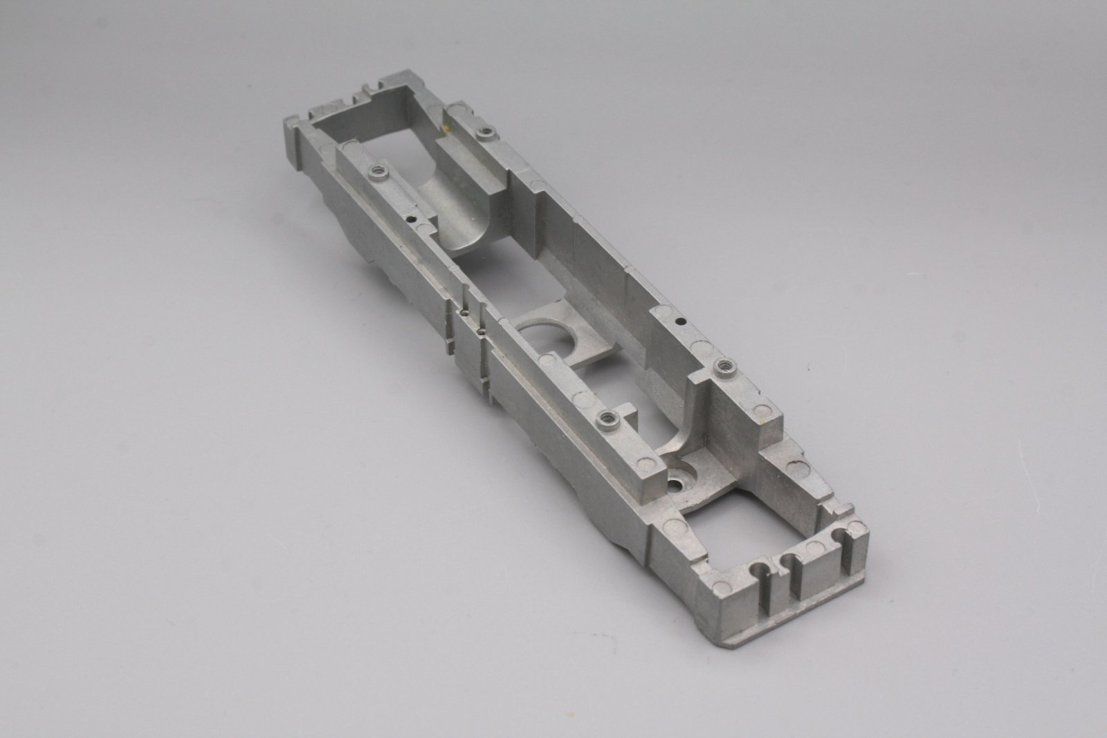 Ersatzteil Roco 110 / 140 Lokrahmen - silber - geschl. Stirnfront  für AC-Modell