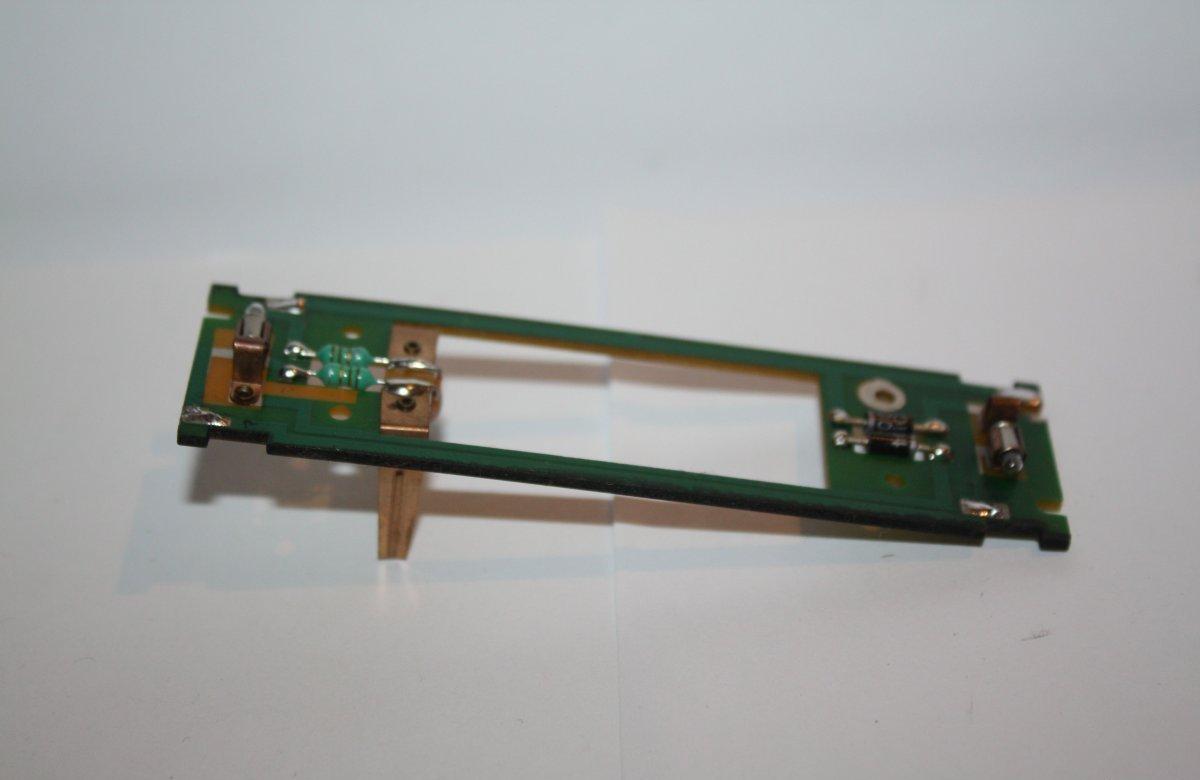 Ersatzteil Roco H0 215 / 218  Hauptplatine ohne NEM-Buchse mit Glühlampen
