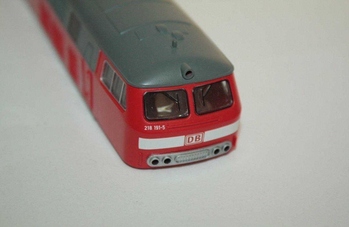 Ersatzteil Piko 218 191-5 Gehäuse verkehrsrot DB AG - komplett