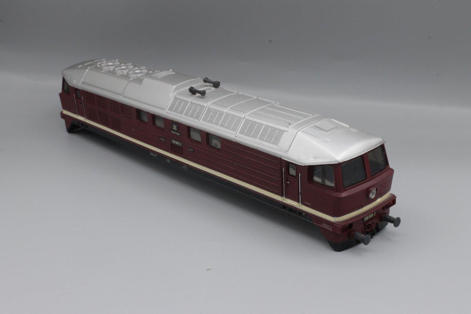 Ersatzteil Piko 130 Gehäuse 130 005-2 DR -H0 (DDR)- dunkelrot mit silbernem Dach