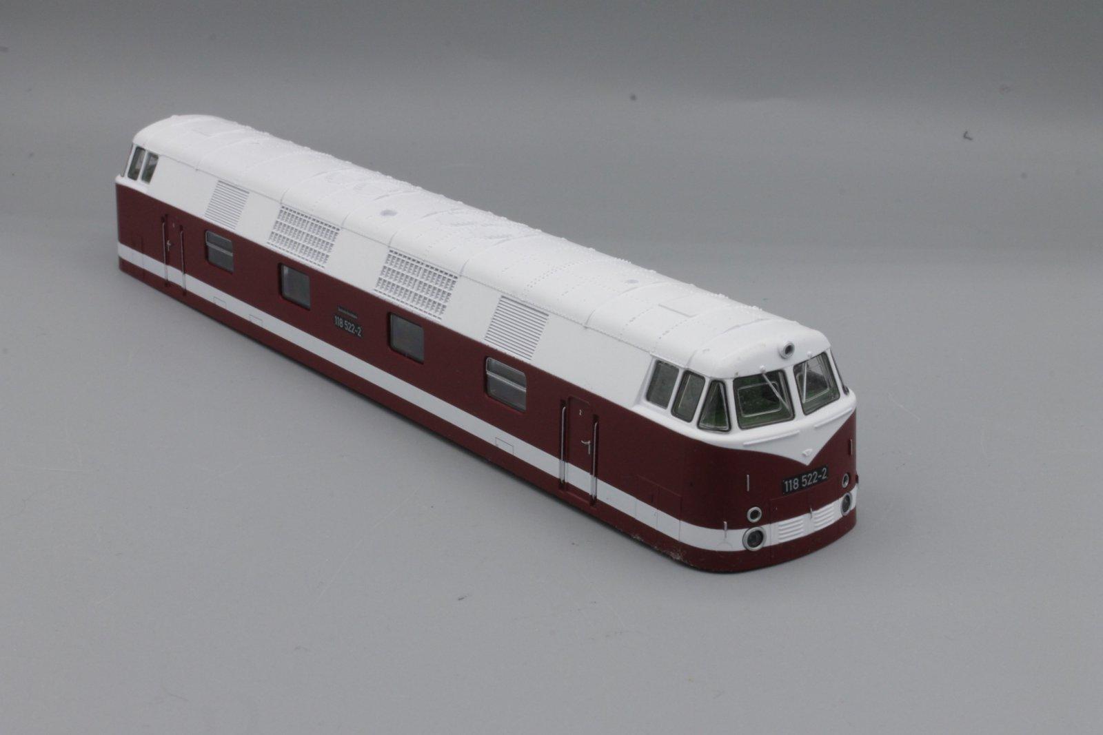 Ersatzteil Piko H0 118 522-2 Gehäuse komplett - m. Fenstern, Führerständen neu