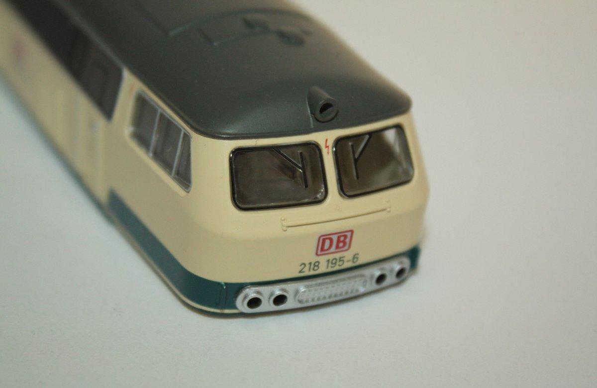 Ersatzteil Piko 218 199-8 Gehäuse blau/beige DB AG
