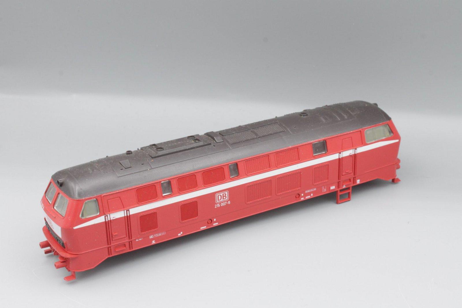 Ersatzteil Roco Gehäuse 215 007-6 orientrot mit LATZ DB - braunes Dach
