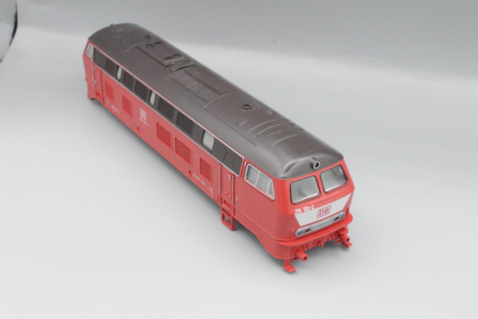 Ersatzteil Roco Gehäuse 215 132-2 orientrot mit LATZ DB - braunes Dach