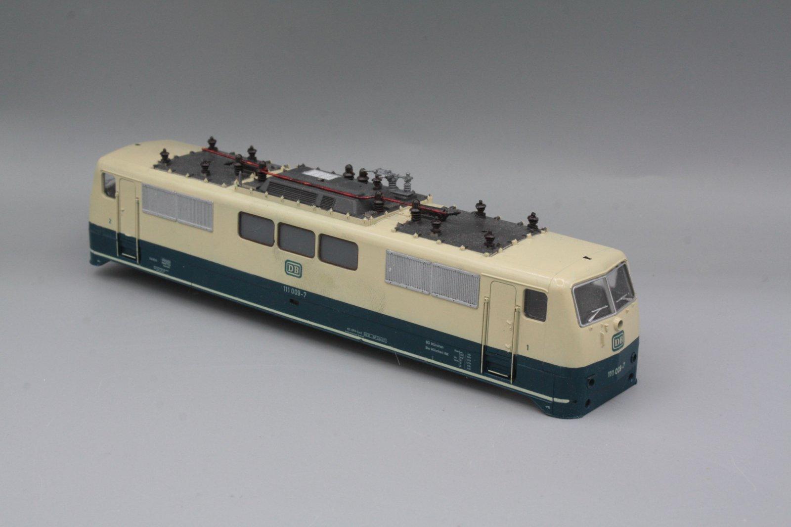 Ersatzteil Roco 111 009-7 Gehäuse blau / beige mit Fehlern
