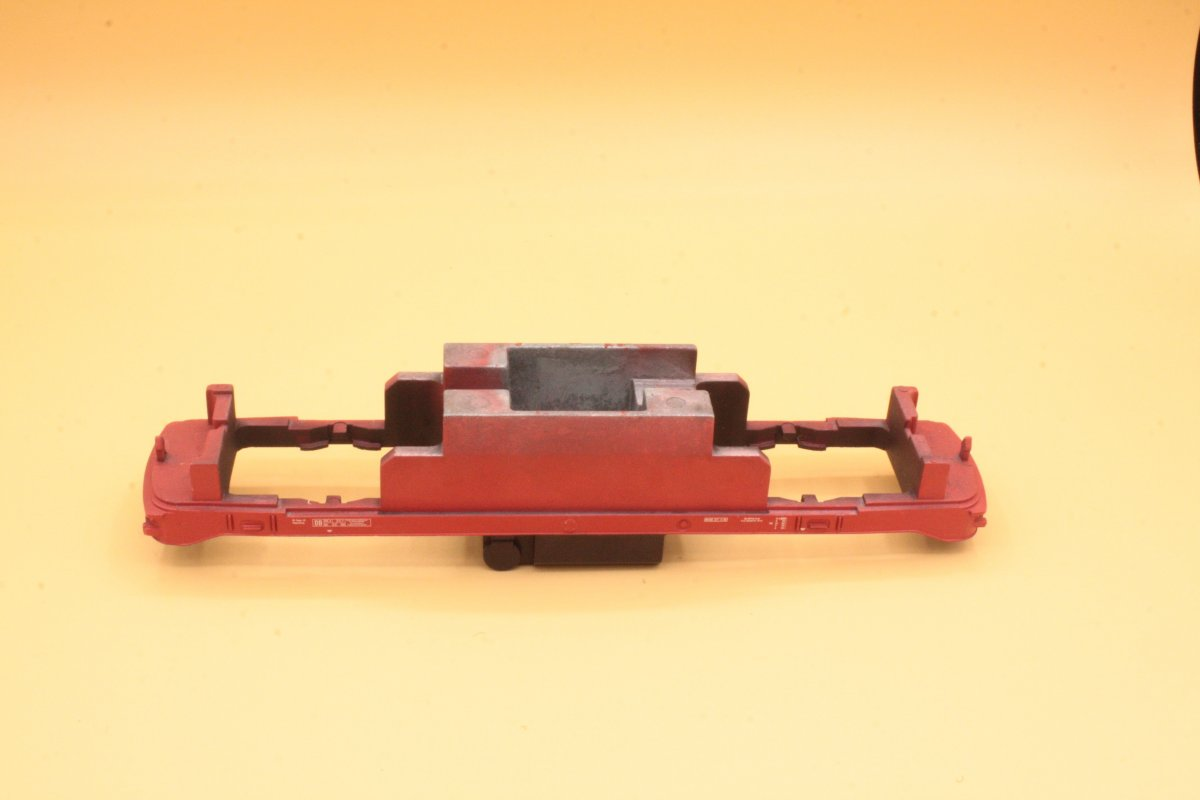 Ersatzteil Piko H0 218 Rahmen 218 rot für orientrote Lok (von 218 244)