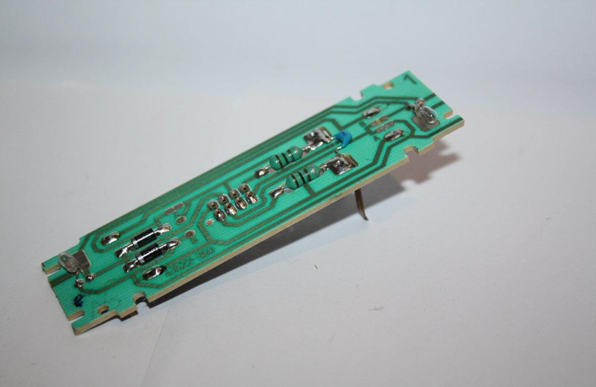 Ersatzteil Roco 215 / 218 u.a. Hauptplatine komplett mit NEM 652 - Buchse 8-pol