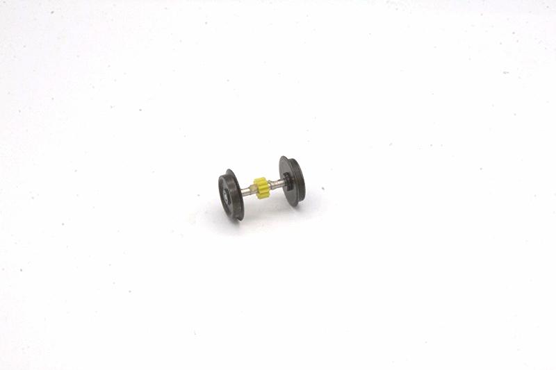 Ersatzteil Roco 215 / 218 / 225 Radsatz mit mittigem Zahnrad m. einem Haftreifen