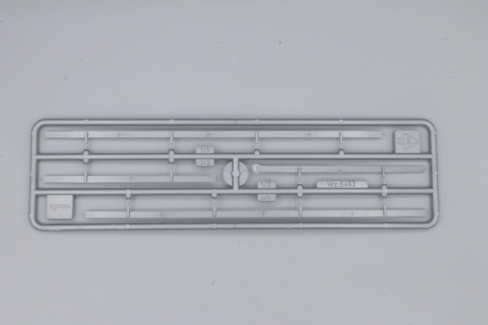 Faller 180535 Leitplanken und Begrenzungspfähle neu - aus Startset
