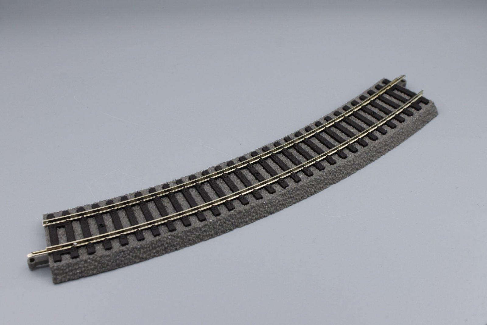 Piko 55412  A-Gleis - gebogenes Gleis mit Bettung R2 422 mm 30°