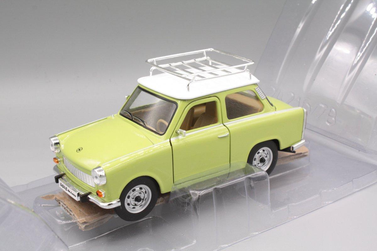 Trabant 601 S Deluxe grün 1:24 Yat Ming 24217G