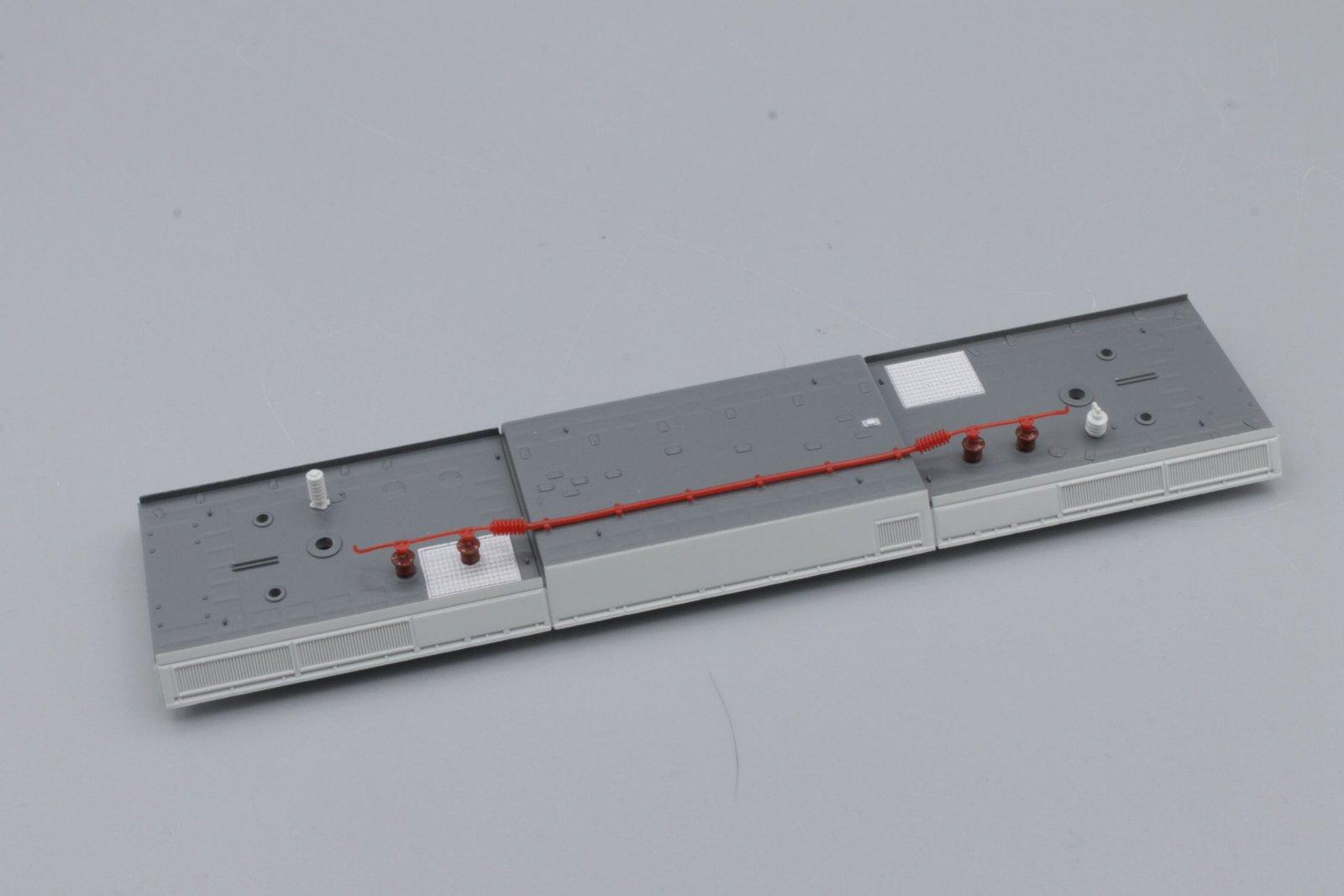 Ersatzteil Piko 185.2  grau Dach mit Dachleitungen mit weißem Rand
