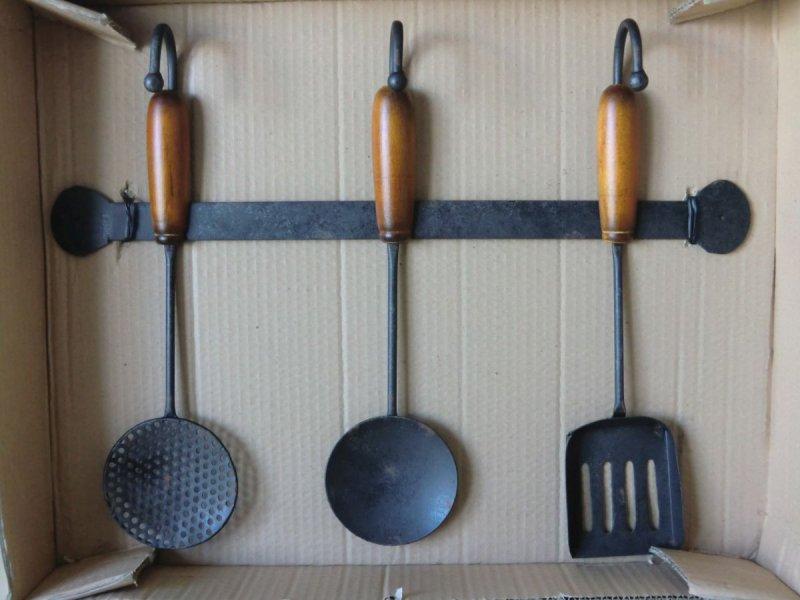 hakenleiste 41 5 cm k chenutensilien k che metall mit holzverzierung ebay. Black Bedroom Furniture Sets. Home Design Ideas