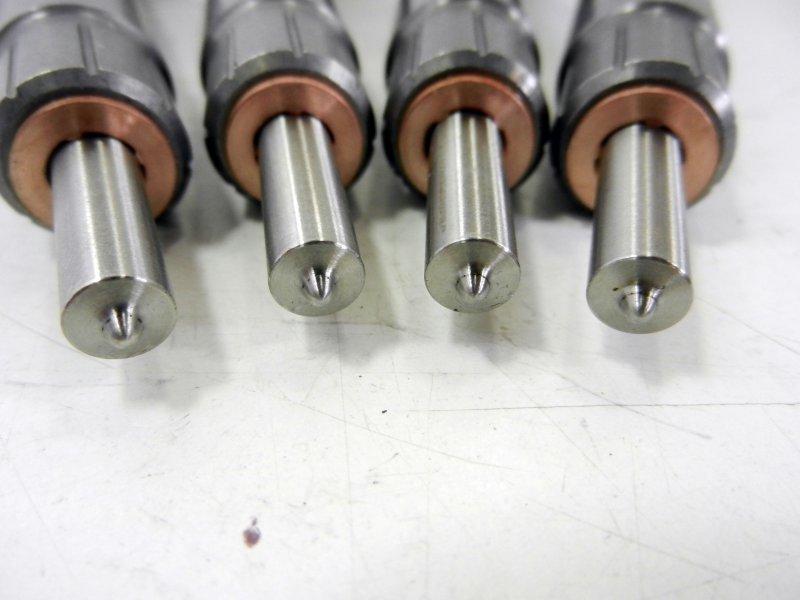 VW AU SE SK 2,0 TDI Einspritzeinheit Einspritzdüse Diesel Injektor 03L130277J