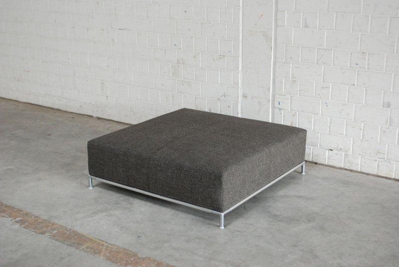 b b italia george ottomane pouf cube hocker ausstellungsst ck ebay. Black Bedroom Furniture Sets. Home Design Ideas