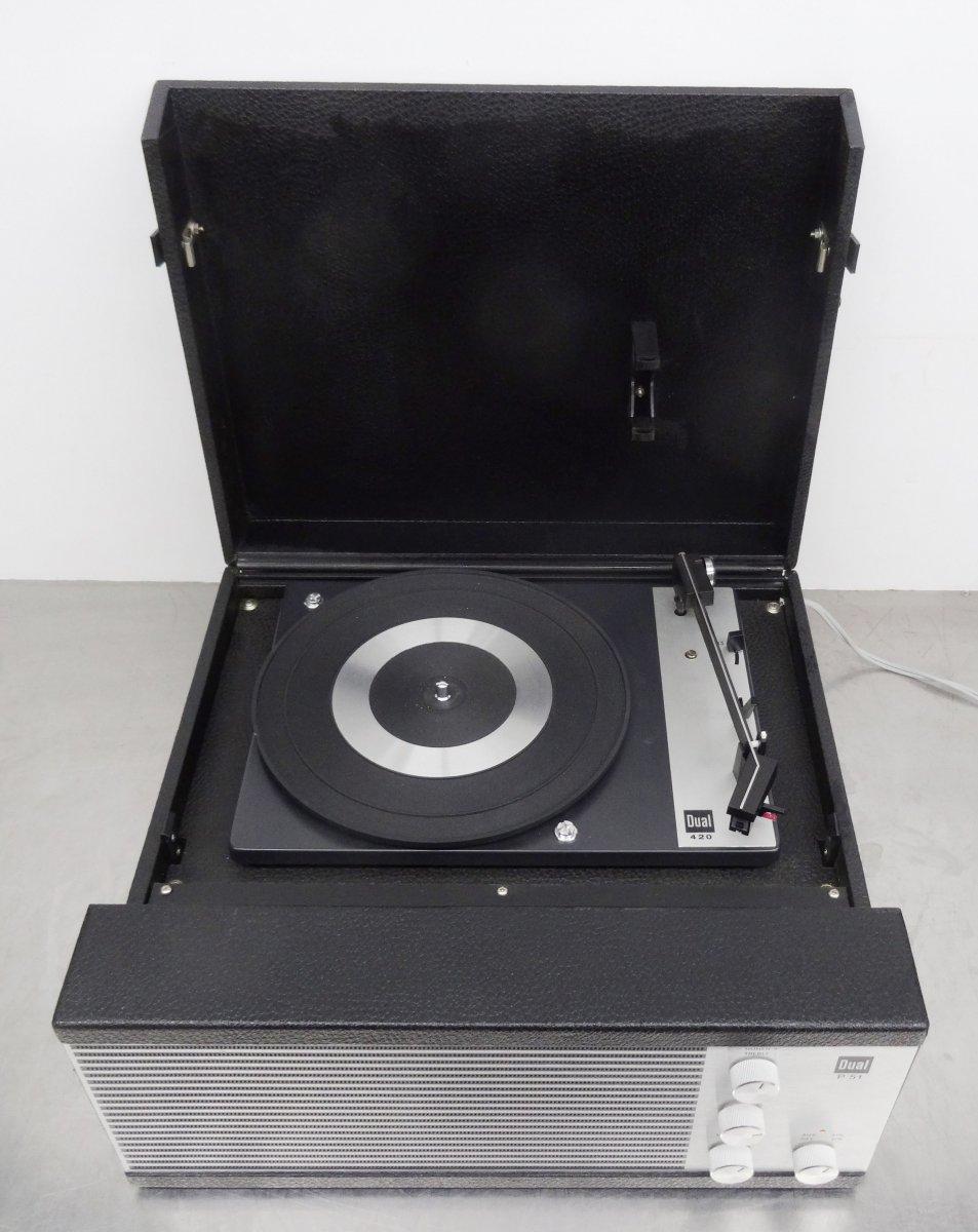 vintage turntable party koffer plattenspieler dual p51. Black Bedroom Furniture Sets. Home Design Ideas