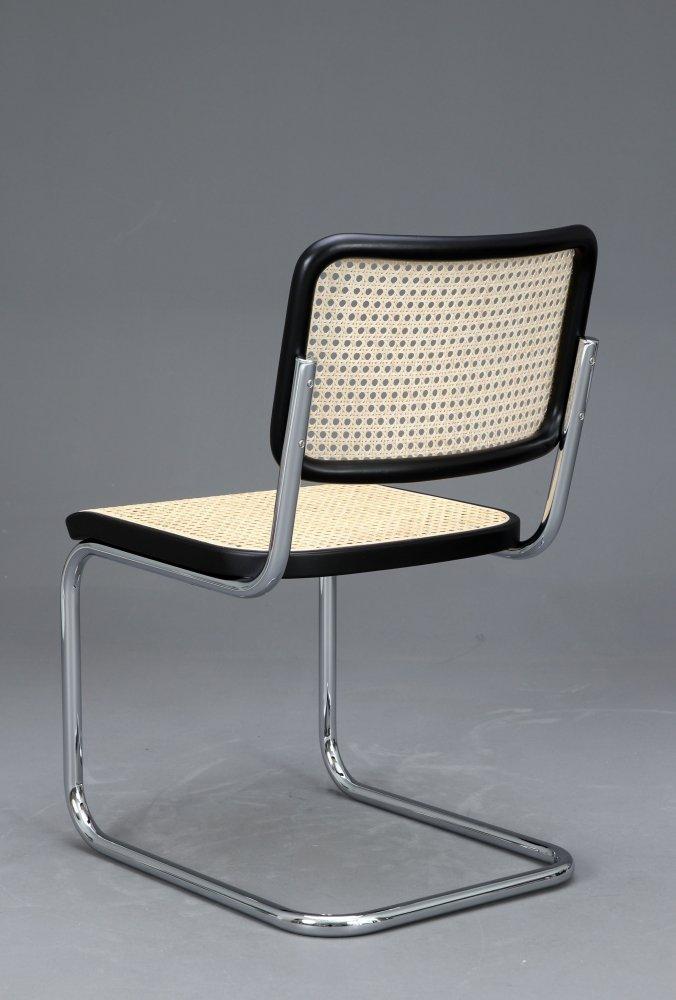 thonet s32 freischwinger bauhaus klassiker st hle. Black Bedroom Furniture Sets. Home Design Ideas