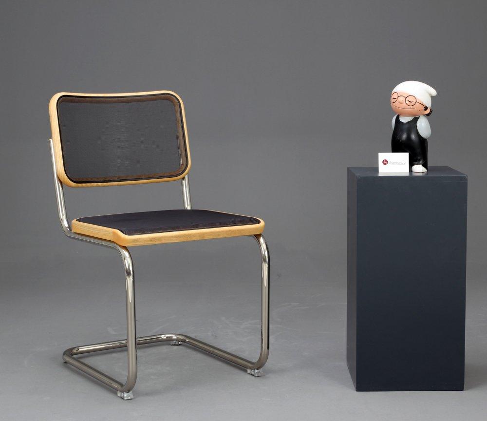 thonet s32 n bauhaus freischwinger stuhl schwarz mit netzgewebe breuer chairs ebay. Black Bedroom Furniture Sets. Home Design Ideas