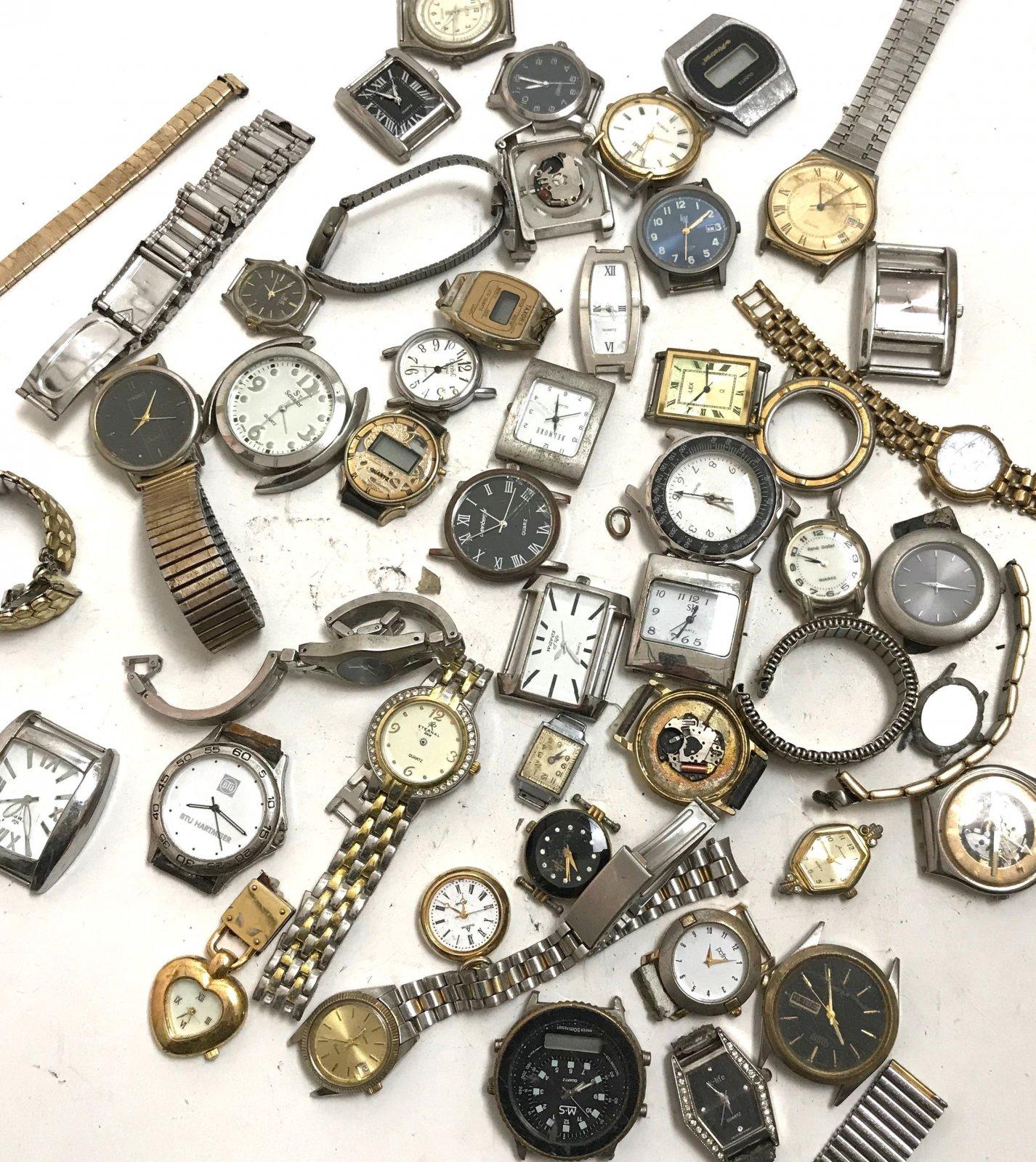 konvolut armbanduhren ersatzteile uhrmacher bastler schrott antik 1 kg 40 st ck ebay. Black Bedroom Furniture Sets. Home Design Ideas