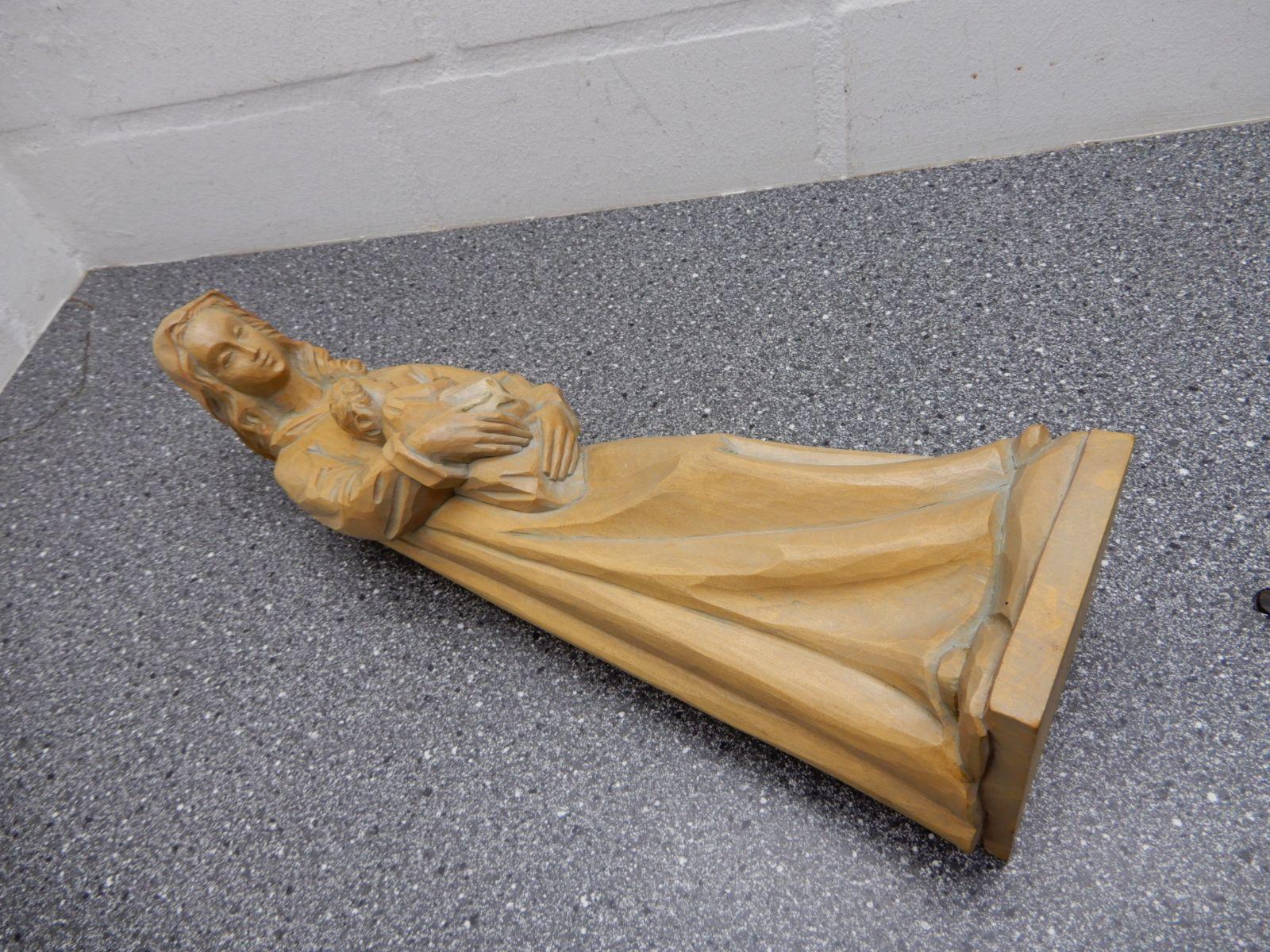 maria mit kind holzfigur figur aus holz handgeschnitzt h he 40 cm ebay. Black Bedroom Furniture Sets. Home Design Ideas