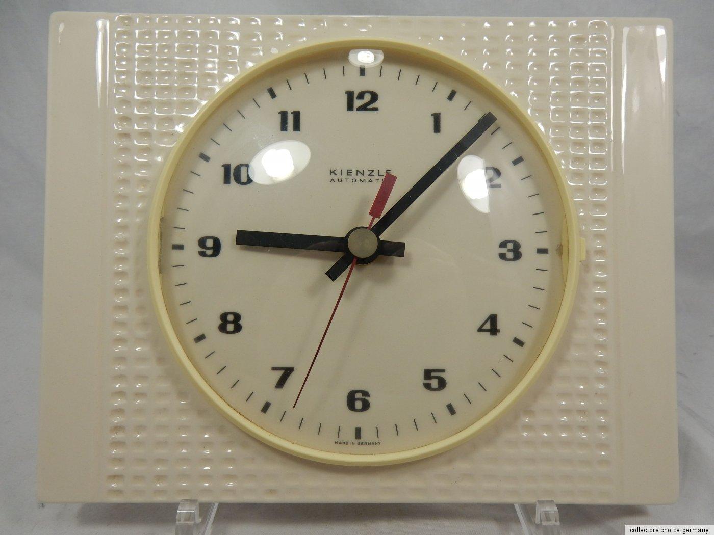 schlichte 60 s design kienzle keramik wall clock wand uhr working 23 x 18 cm ebay. Black Bedroom Furniture Sets. Home Design Ideas