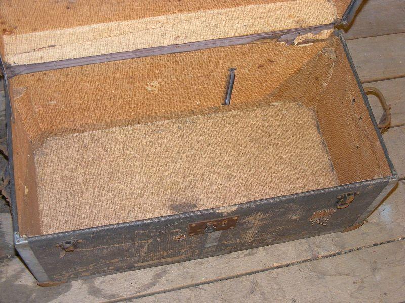 antique caisse en bois bo te outils coffre bois. Black Bedroom Furniture Sets. Home Design Ideas